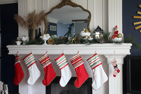Christmas Mantel Detail 4