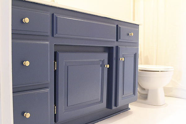 Painted Bathroom Cabinets 2